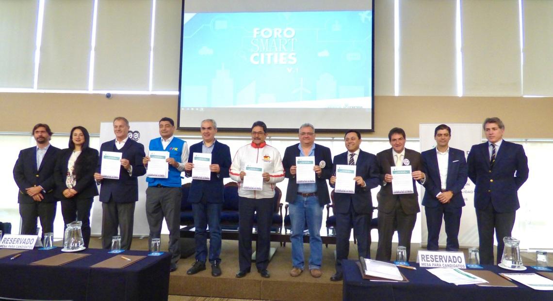 Smart Cities_Firma de pacto.JPG