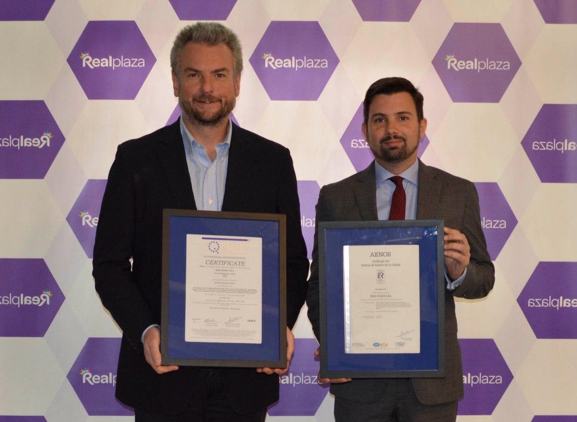 Daniel Duharte, CEO de Real Paza recibe la certificación ISO 901-2015