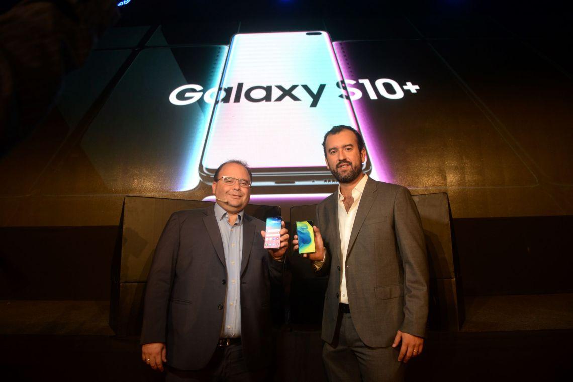Galaxy S10- Fabio Vascones y Carlos Araujo- Lima v2.JPG