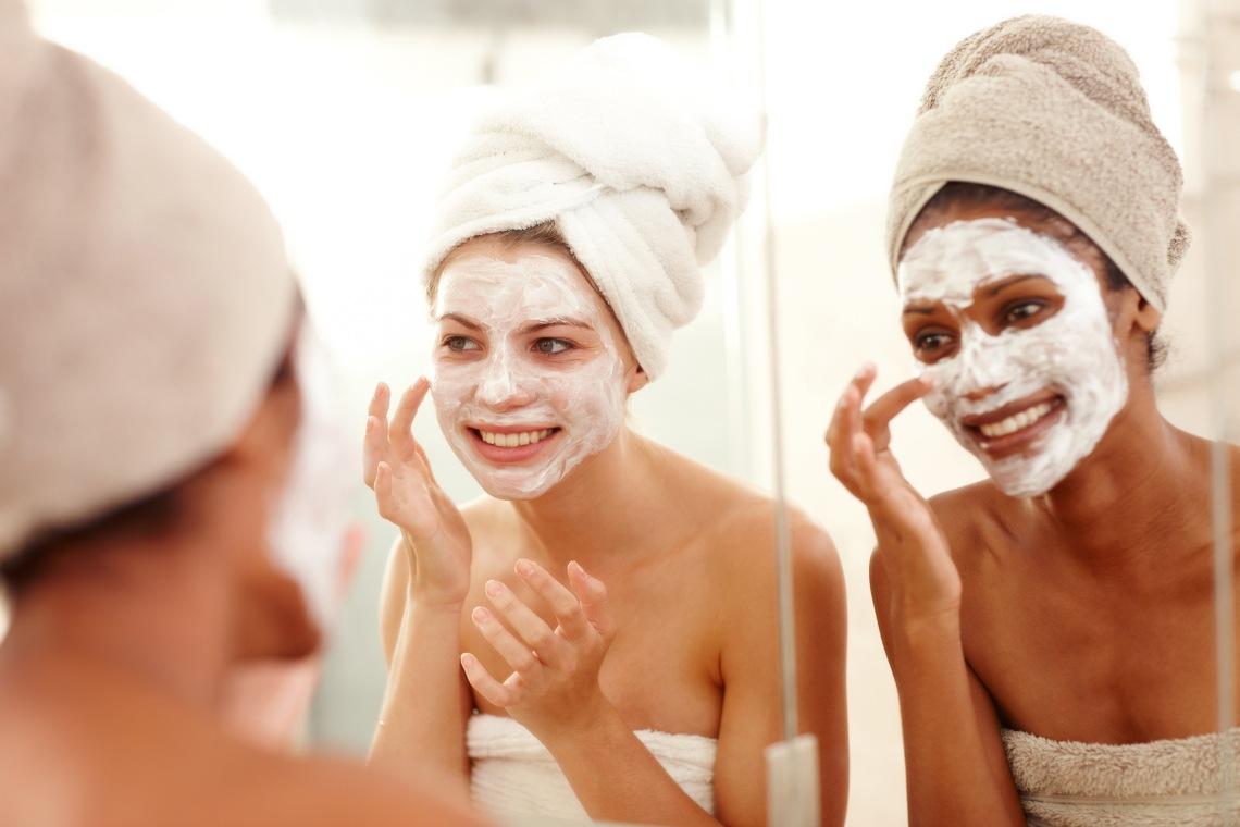 Das Gesichtsmasken-Konzept von BASF greift die neuesten Trends in der Hautpflege auf und bietet für jeden Zweck die richtige Maske. / BASF's face mask concept takes up the latest trends in skin care and offers the right mask for every purpose.