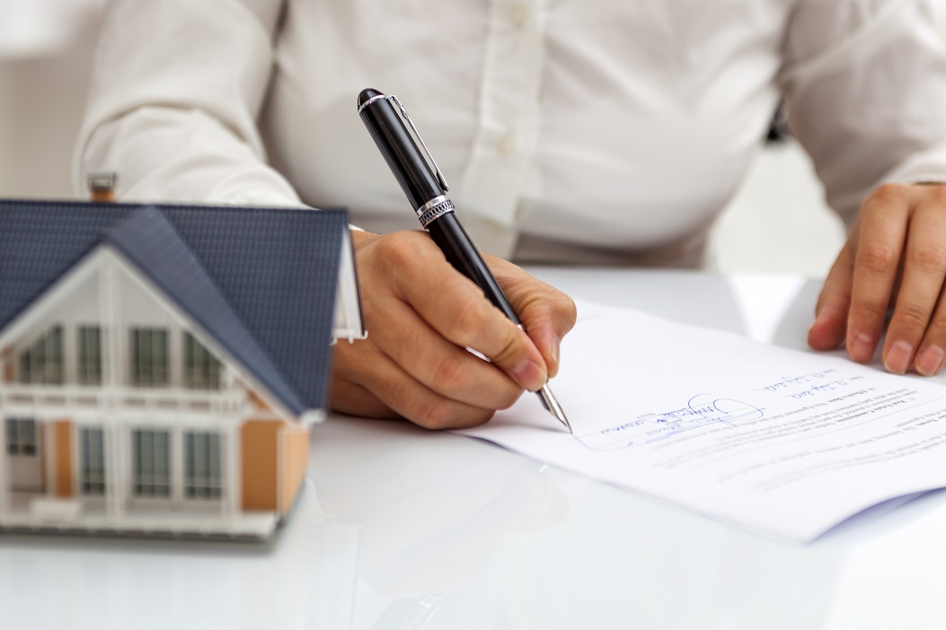 Purchase agreement for hours with model home