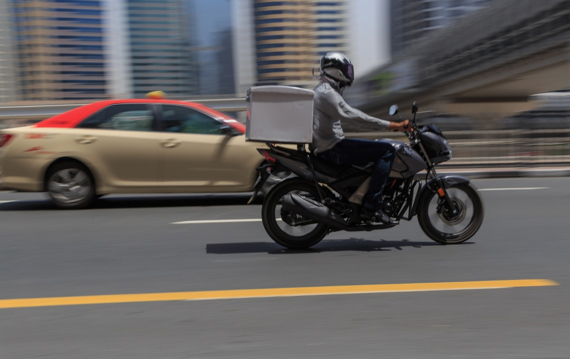 food delivery service in Dubai