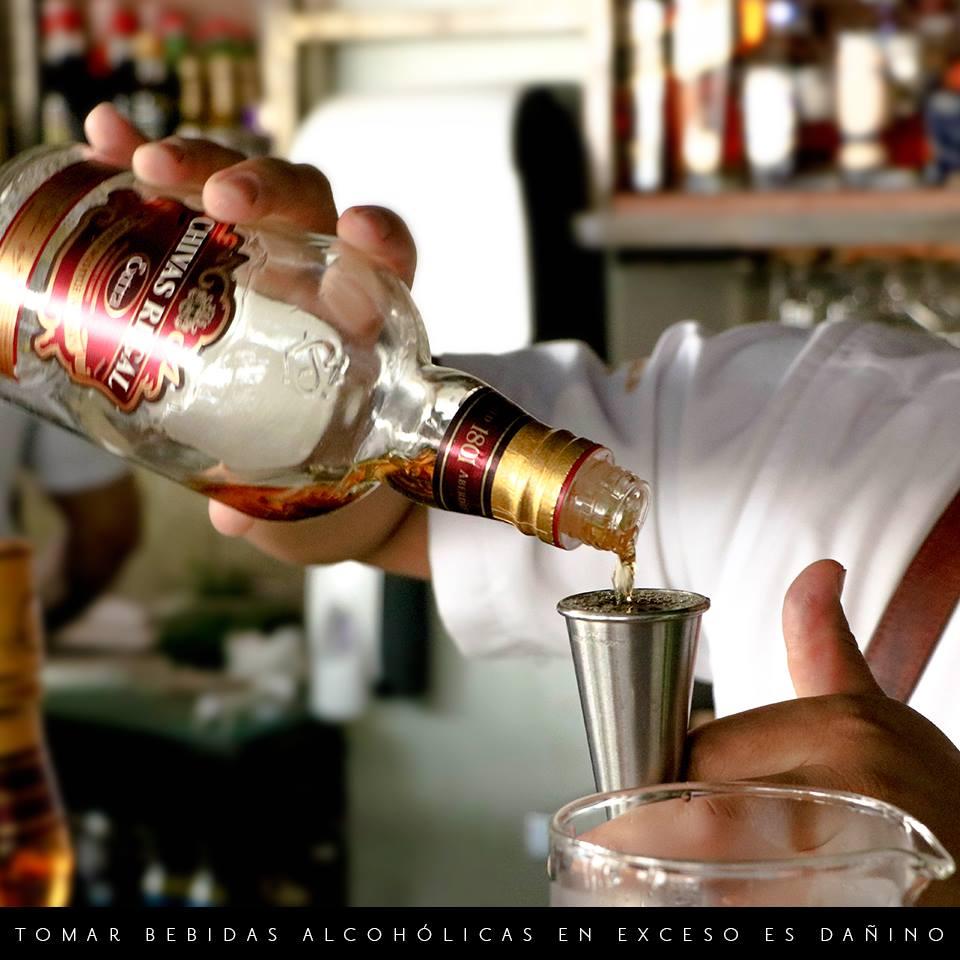 Coctelería - Chivas Extra