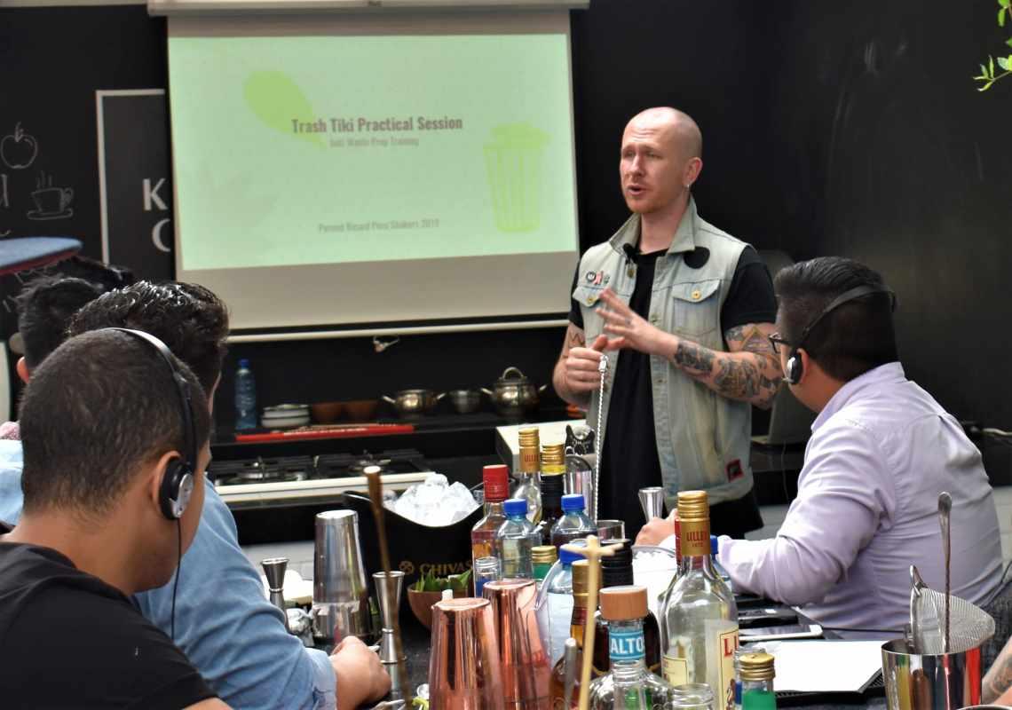 Ian Griffith también es fundador de la iniciativa de coctelería sostenible, Trash Tiki